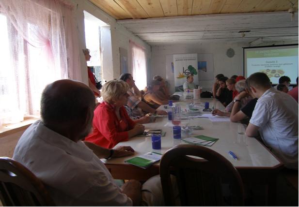 Uczestnicy wykładu o zdrowym żywieniu